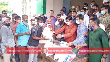 কর্মহীন ১৬০০ পরিবহন শ্রমিককে খাদ্যসামগ্রী দিল না'গঞ্জ ক্লাব