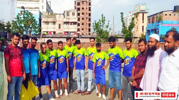 সিদ্ধিরগঞ্জে এলইডি টিভি ফুটবল টুর্নামেন্ট উদ্ধোধন